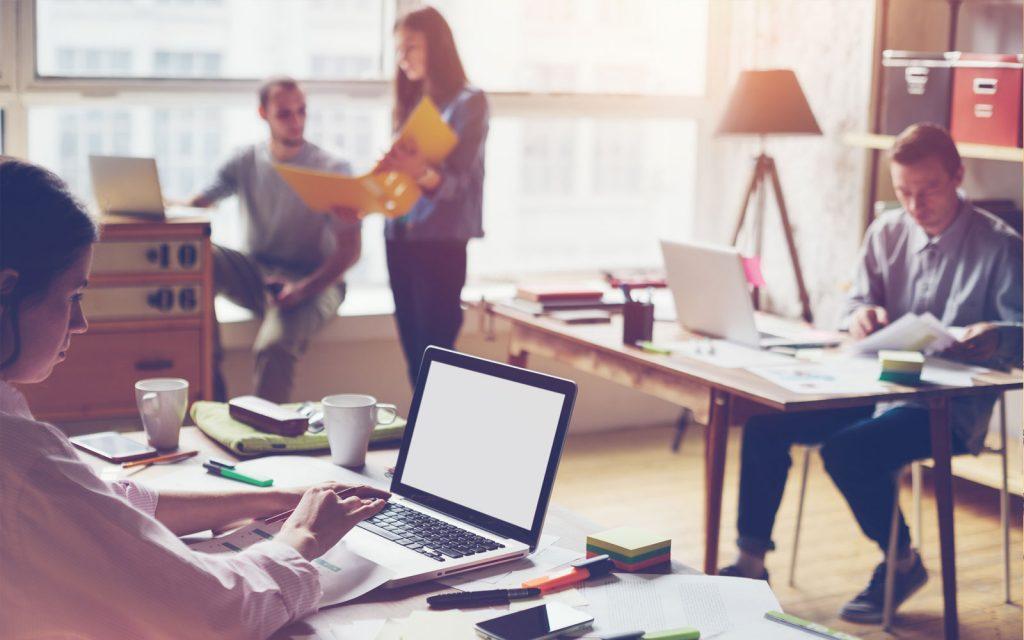 Formación, experiencia profesional, habilidades personales... todo influye a la hora de conseguir un puesto de trabajo en el sector digital